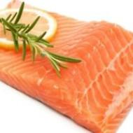 Употребление жирной рыбы помогает сохранить зрение