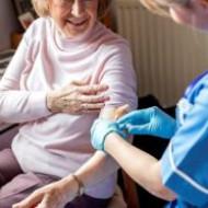 Прививка от гриппа защищает еще и от смерти по причине сердечного недуга