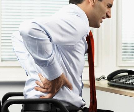 От болей в спине избавляет курс антибиотиков