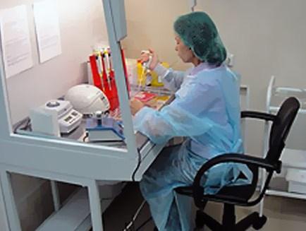 Вероятность возникновения аллергической реакции на протез поможет выявить анализ крови