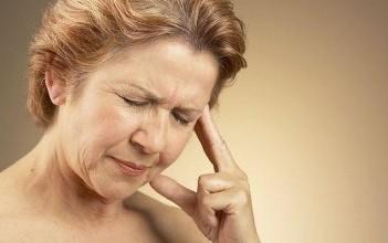 Приливы во время менопаузы влияют на память