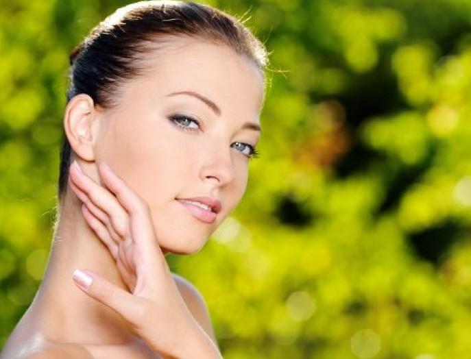 На состояние женской кожи влияет образ жизни