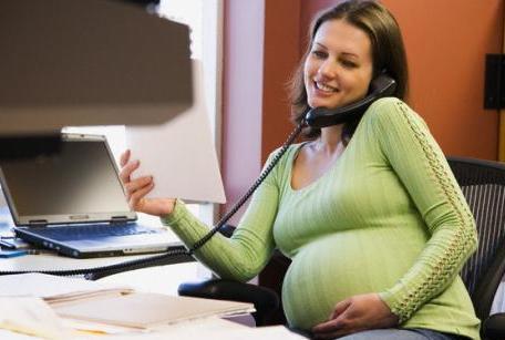 Работа по сменам снижает женскую фертильность