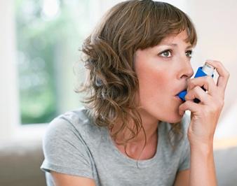 Женщинам с астмой сложнее зачать ребенка