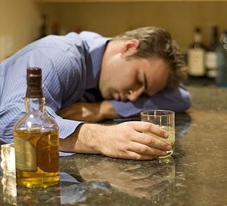 Специфическое воздействие света избавляет от алкогольной зависимости