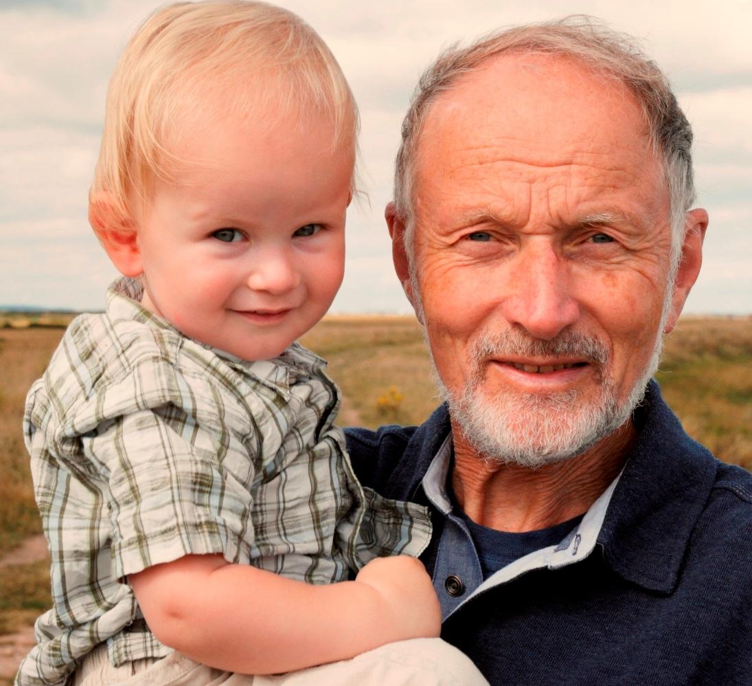 Пожилой отец  — фактор риска для ребенка