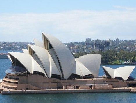 В Австралии гостей из Европы и Азии будут отправлять в карантин