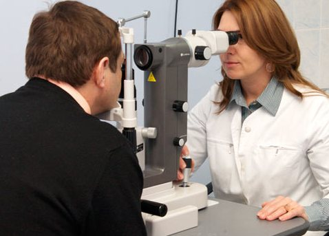 Контактные линзы с наноалмазами избавят от глаукомы