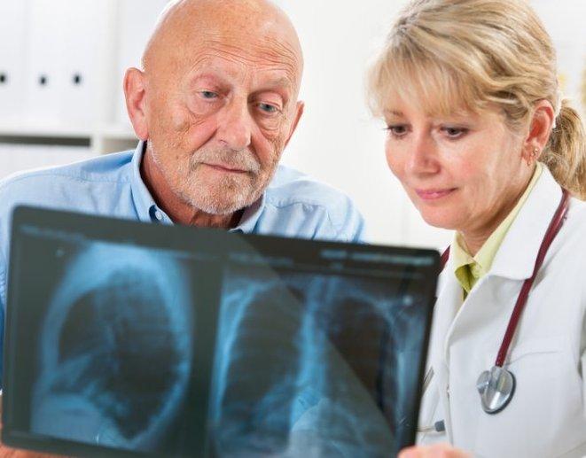 Страдающие апноэ во сне рискуют получить пневмонию