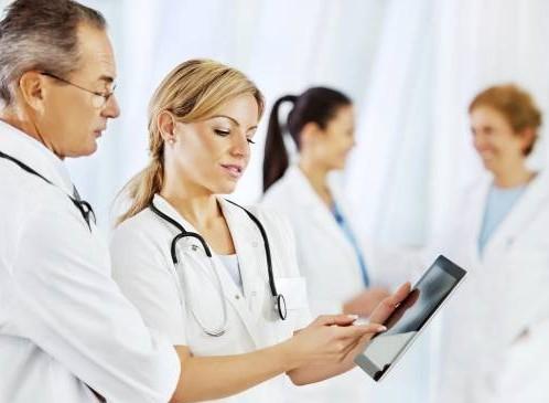 Мужчинам советуют не оттягивать с лечением рака груди