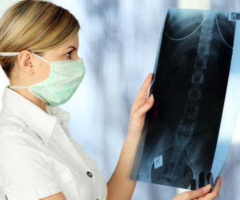 Астма провоцирует проблемы с костной тканью