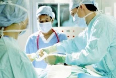 Хирурги позаимствуют опыт пилотов