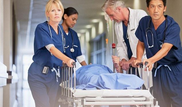 медсестра спасла больного