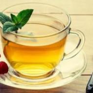 Любовь к горячему чаю грозит раком пищевода