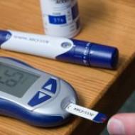 Российскими учеными разработан глюкометр без уколов
