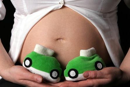 Беременность и роды в молодом возрасте избавляют от рака груди