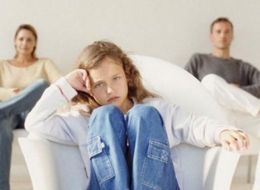 Натянутые отношения в семье тормозят развитие детского мозга