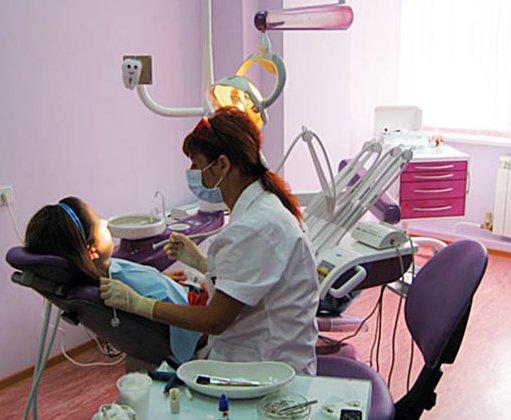 Перед операцией на сердце не стоит удалять зубы