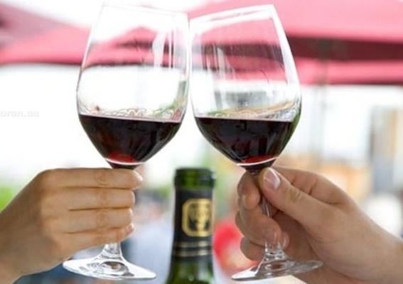 Ученые признали ошибку в отношении безопасности небольших доз алкоголя
