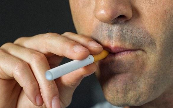 Курение электронных сигарет вызывает неизлечимую болезнь легких